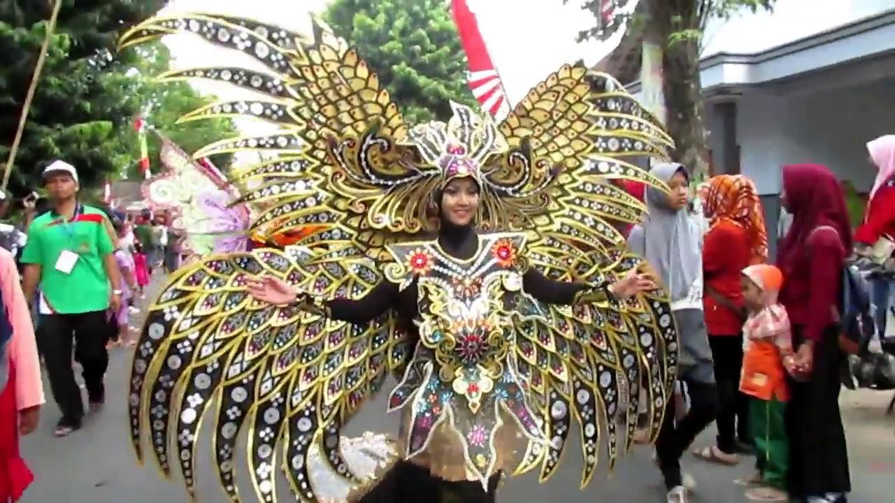 Kostum Karnaval Unik Dan Lucu