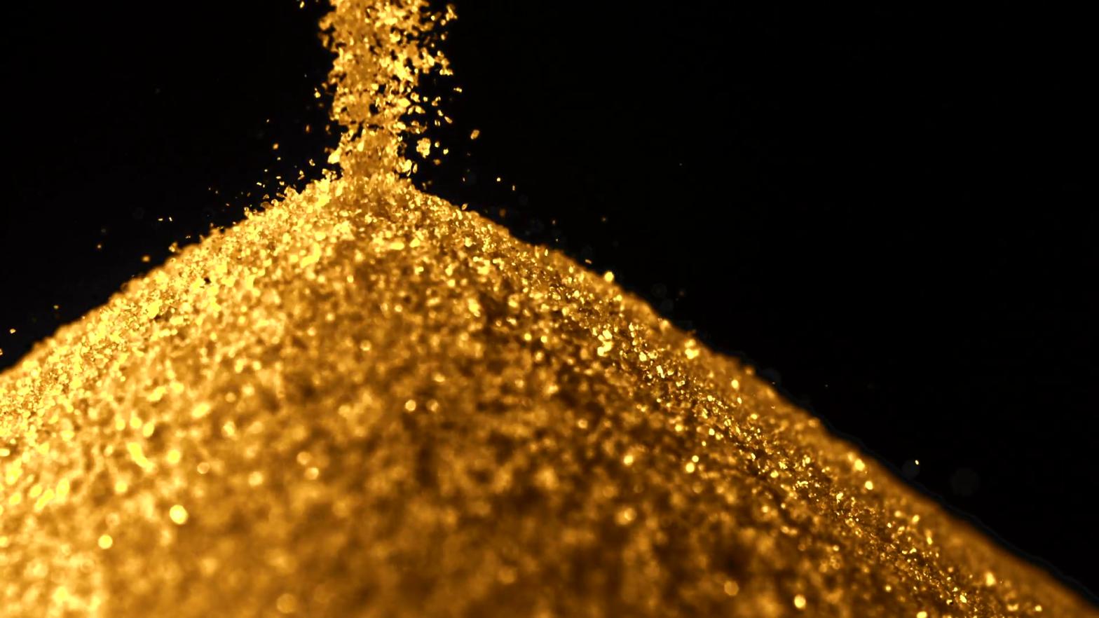 pasir yang mengandung emas