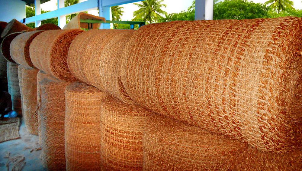 contoh kerajinan dari sabut kelapa
